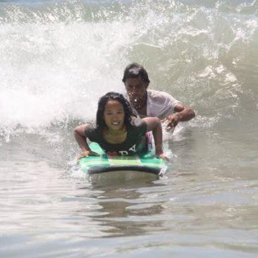 Bali 2011 – Surfer USA – ze specjalną dedykacją dla Marynarza