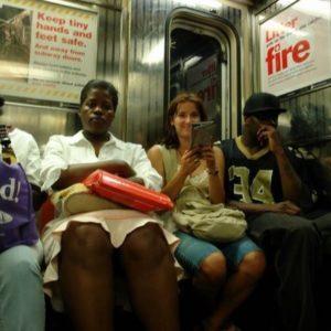 Nowojorskie metro jest trochę inne niż tokijskie, szczególnie jeżeli chodzi o współpasażerów.