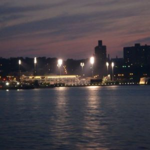Staten Island i boisko do rugbby (chyba).