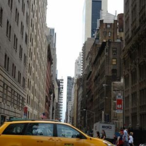 Na szczęście nowojorskie taksówki są tanie.