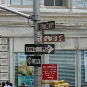 Róg Broadway i Howard,